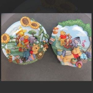 💕Disney Pooh collectible plates(pair)